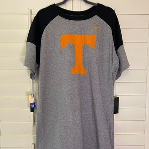 Nike UT short sleeve dress